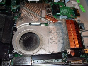 Почистване на лаптоп